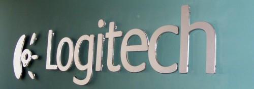 Logitech logotip na zidu prepoznatljive boje