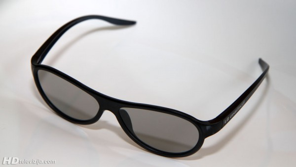 lg-f310-glasses-side