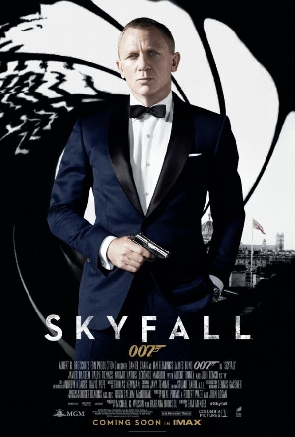 Skyfall - sluzbeni plakat