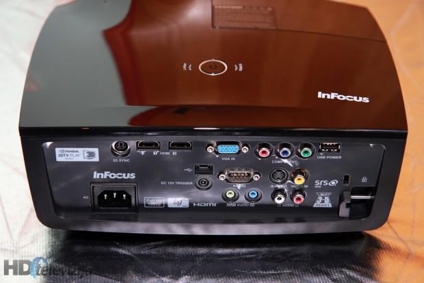 connectors-infocus-in8606hd