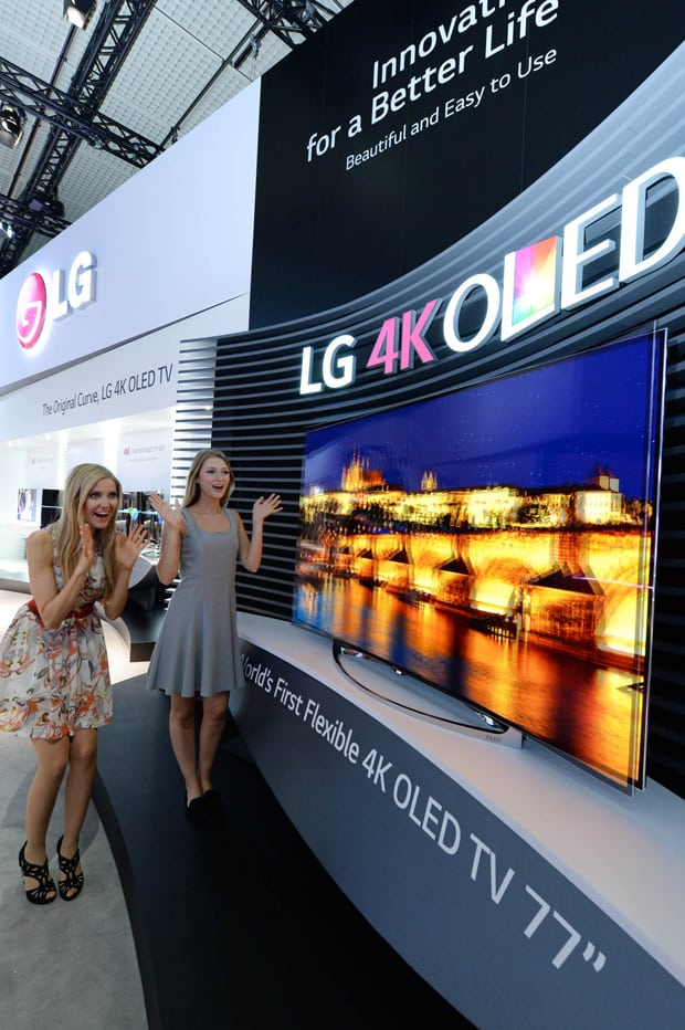 LG_IFA 2014_77 inch flexible OLED TV