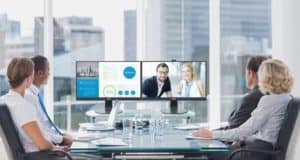 Najnoviji Philips monitor s pop up web kamerom