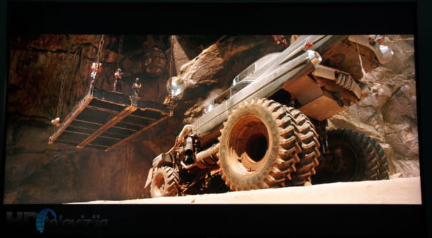 panasonic-dx900e-mad-max-uhd