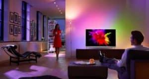 Philips-OLED-901-F-Lifestyle-Photography-650-80
