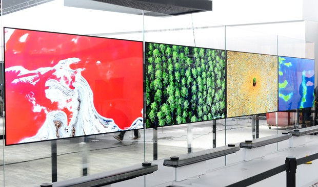 LG-SIGNATURE-OLED-TV-W_models