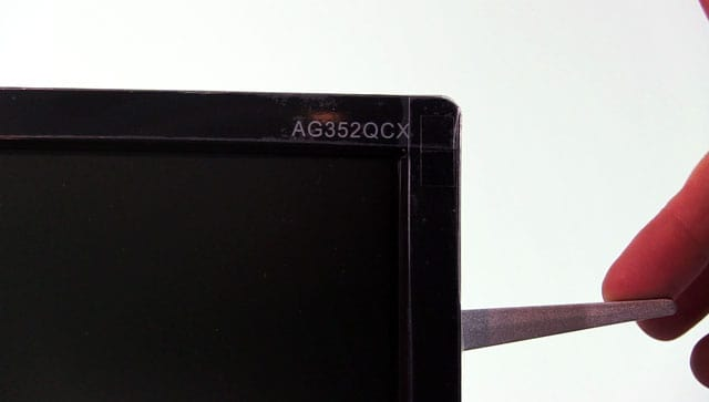 aoc-ag352qcx_headphones-holder