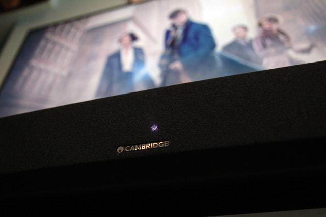cambridge_audio_tv5_in_front_of_Philips_65PUS7601-a