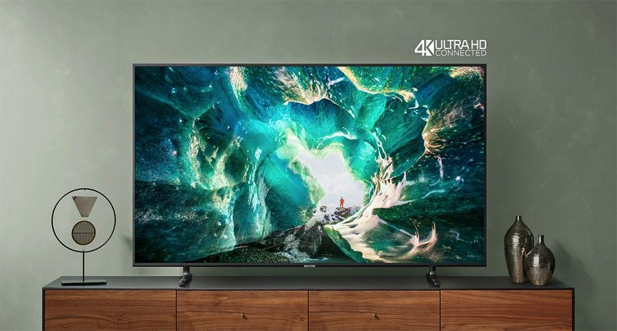 Samsung-RU8000-lifestyle